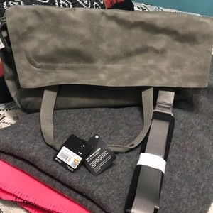 Lululemon Early Embark Duffel brand new with tags